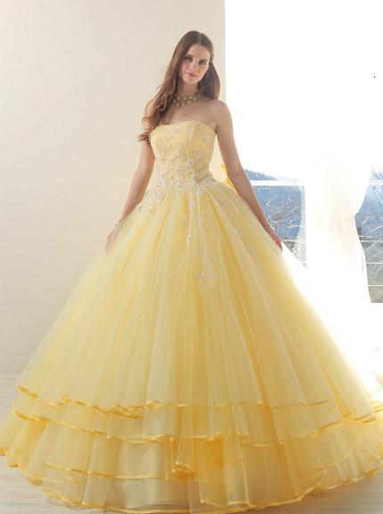 Šaty.....Zaujímavé, originálne, či extravagantné? - Obrázok č. 26