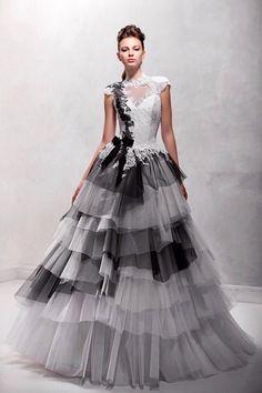 Šaty.....Zaujímavé, originálne, či extravagantné? - Obrázok č. 38