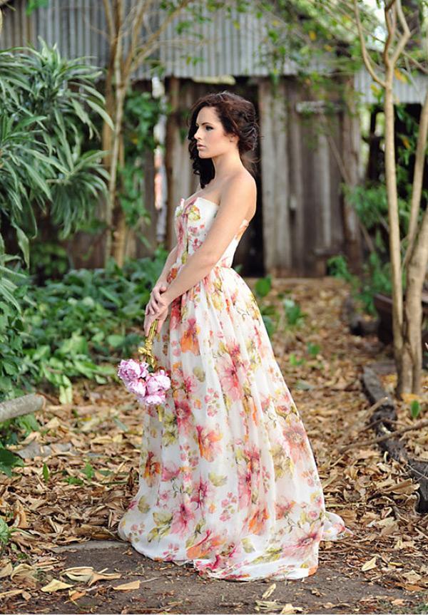 Šaty.....Zaujímavé, originálne, či extravagantné? - Obrázok č. 62