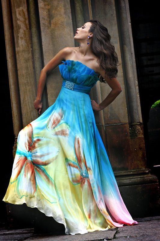 Šaty.....Zaujímavé, originálne, či extravagantné? - Obrázok č. 64