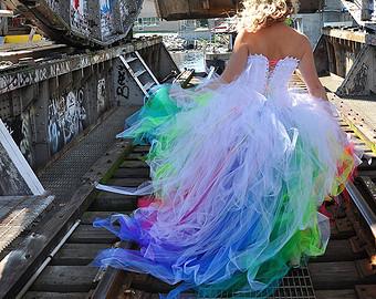 Šaty.....Zaujímavé, originálne, či extravagantné? - Obrázok č. 81