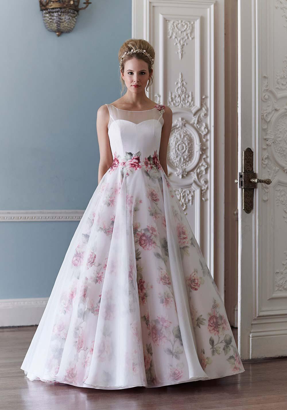 Šaty.....Zaujímavé, originálne, či extravagantné? - Obrázok č. 97