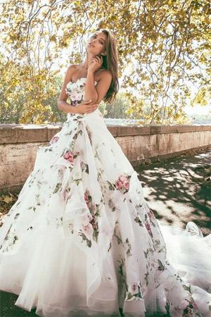 Šaty.....Zaujímavé, originálne, či extravagantné? - Obrázok č. 98