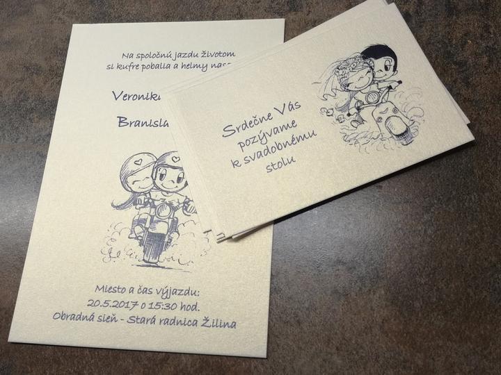 Svadba v štýle motoriek - Toto úžasné oznámenie s perfektným textom: Na spoločnú jazdu životom si kufre pobalia a helmy nasadia...vytvorila nevesta @yakina