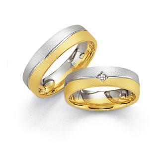 8. 9. 2007 Mája a Romik - tak tohle jsou naše prstýnky, konečný výběr
