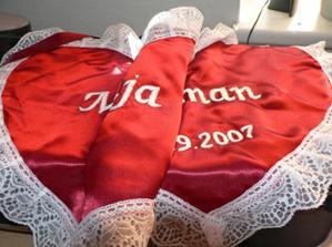 krásný bryndáček ke svatebnímu obídku jsem dostala od supr kamarádky, dani děkujeme moc moc :)