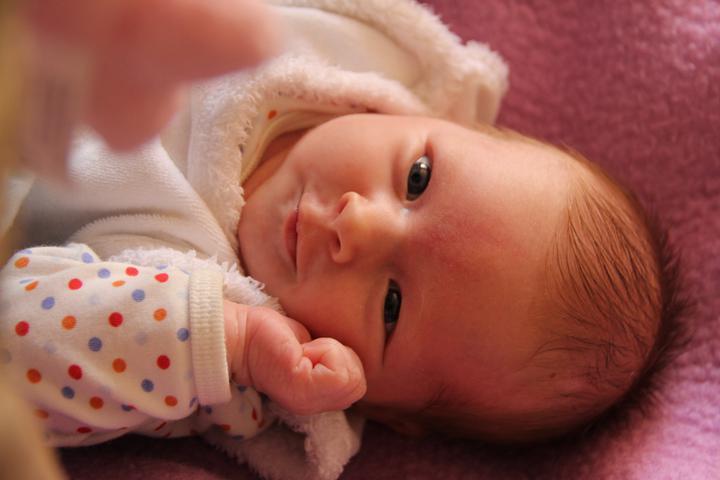 Markéta Karbanová{{_AND_}}Roman Karban - mám 1.měsíc, narodila jsem se 6.5.2011