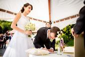 Luxusní krajkové svatební šaty, 36