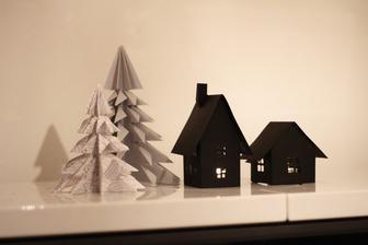 další přírustek do papírové rodinky vánočních dekorací
