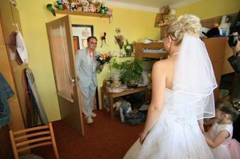 a první pohled na tu pravou nevěstu