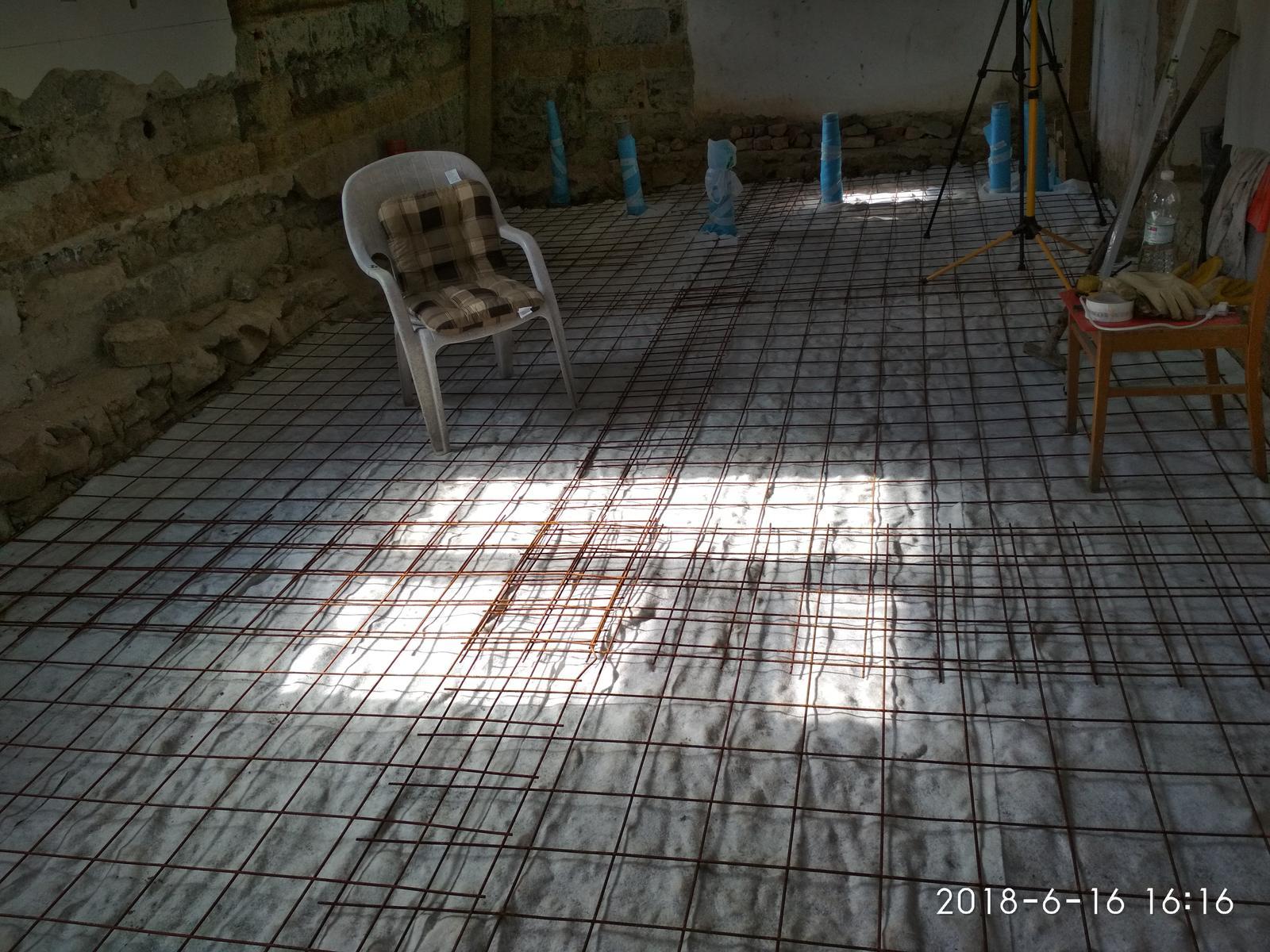 RD Ličartovce rekonštrukcia - Príprava na betónovanie podlahy