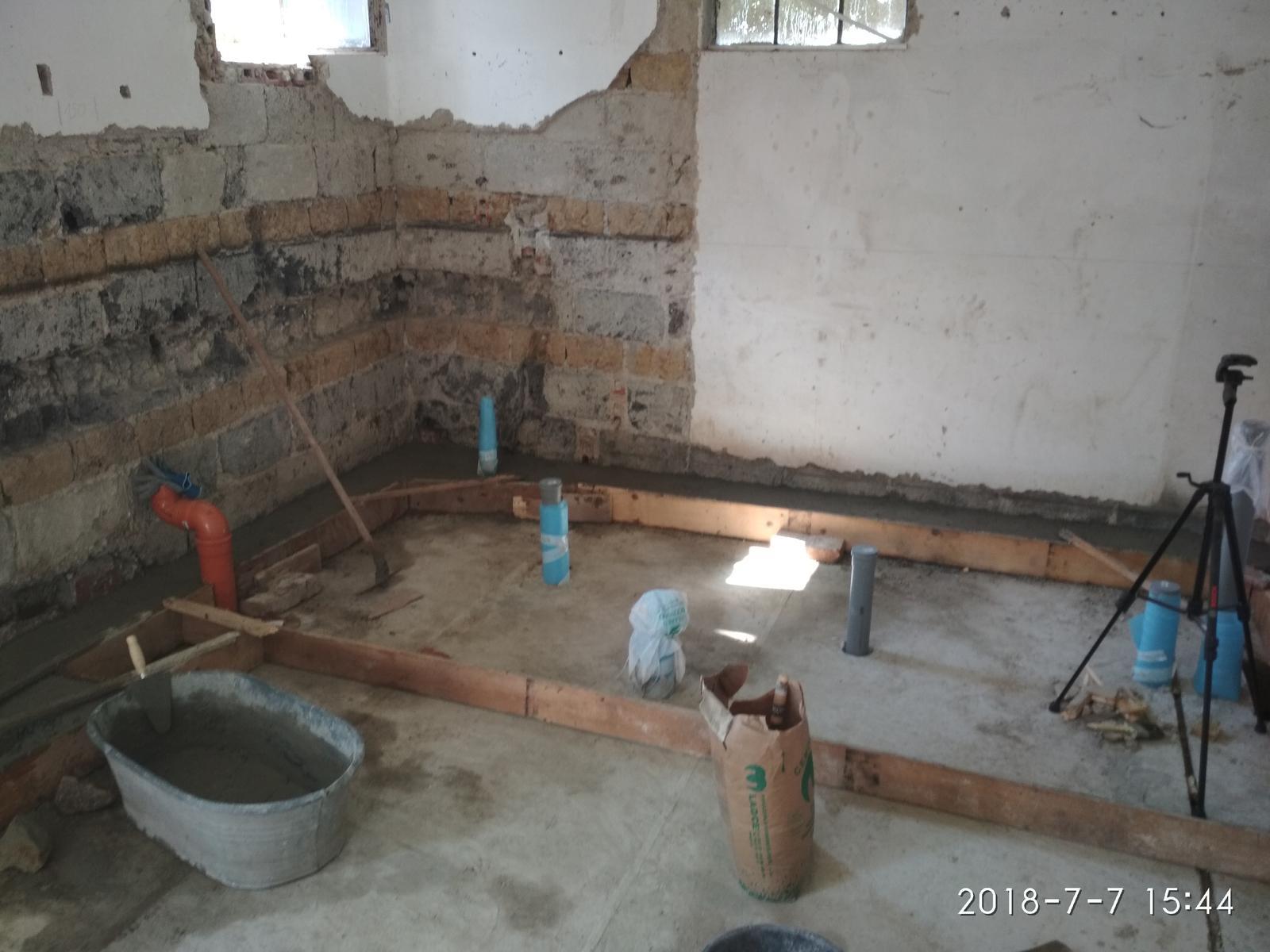 RD Ličartovce rekonštrukcia - Betónovanie základov