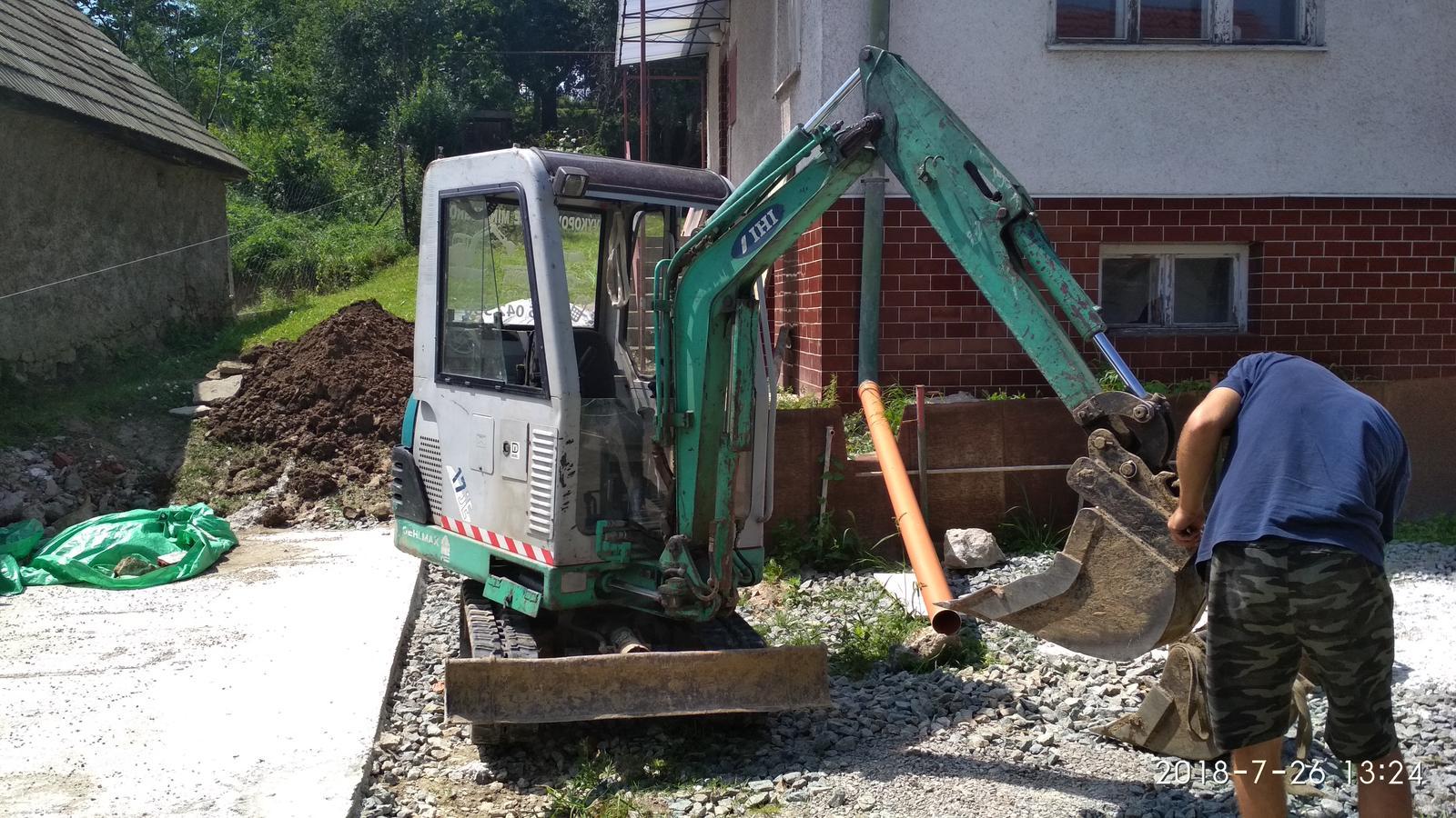 RD Ličartovce rekonštrukcia - Výkop vodovodnej prípojky