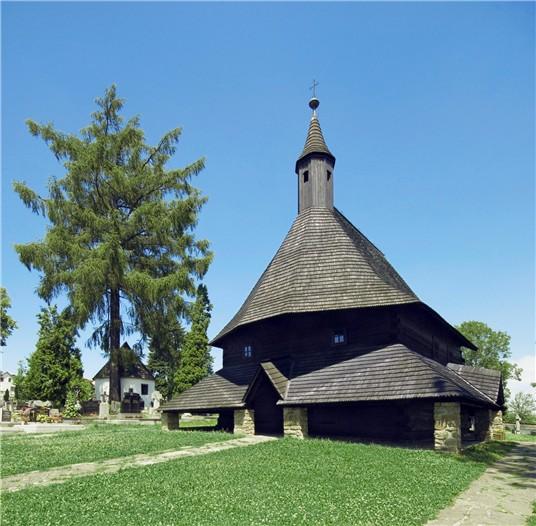 Fotenie na Orave - Dreveny kostolik v Tvrdosine