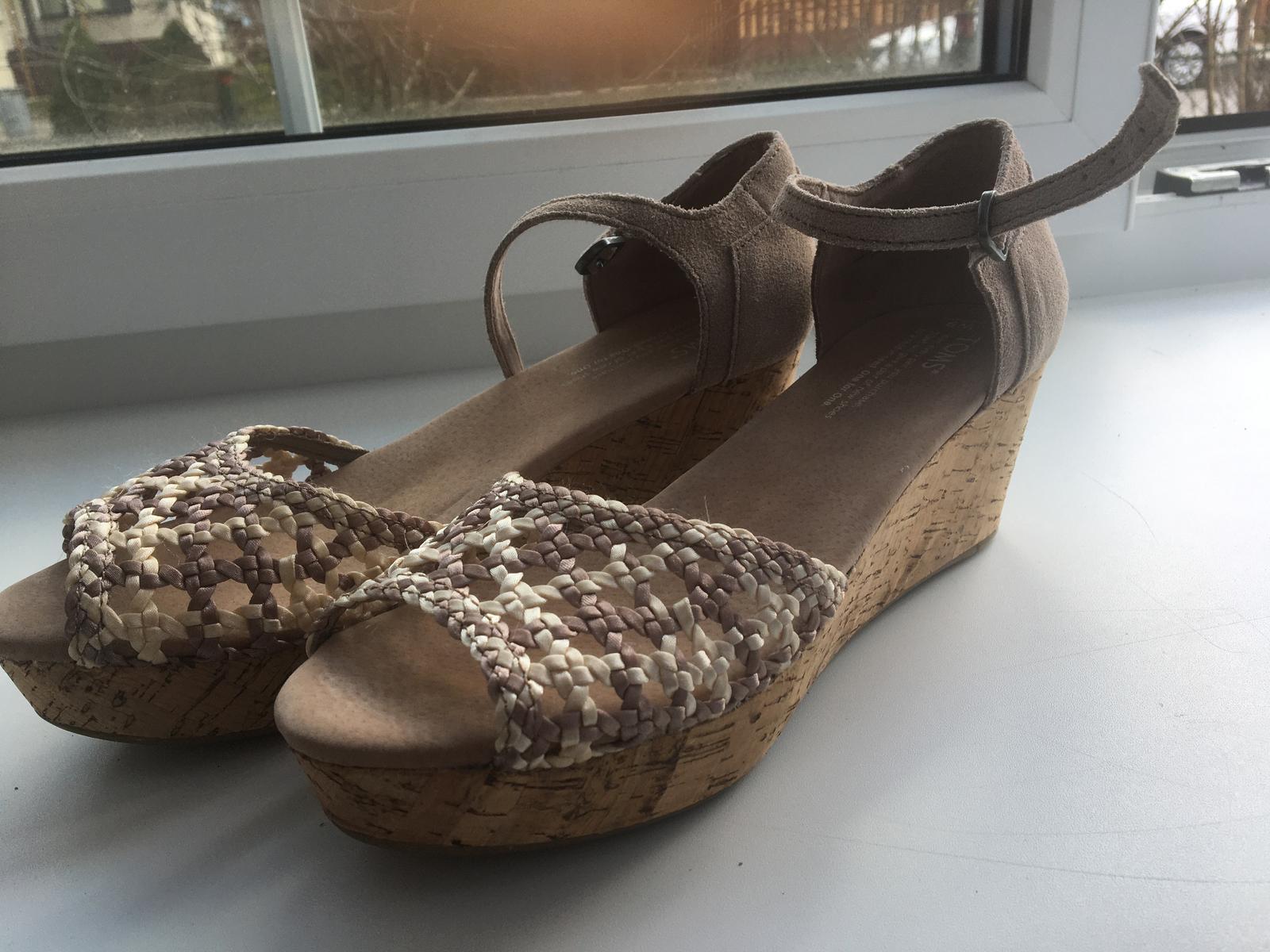 Sandálky TOMS - Obrázok č. 1