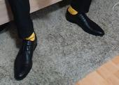 Pásnské žluté ponožky,