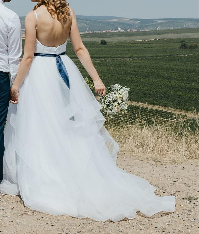 Atypické svatební šaty 36-40 - Obrázek č. 1