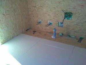 kuchyně-příprava izolace na podlahovku