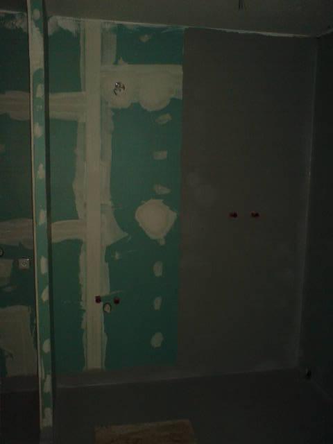 Připraveno- sprcháč+podlaha dole izolace