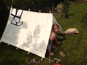 rychlovka stan pro děti z bambusových a jiných tyček