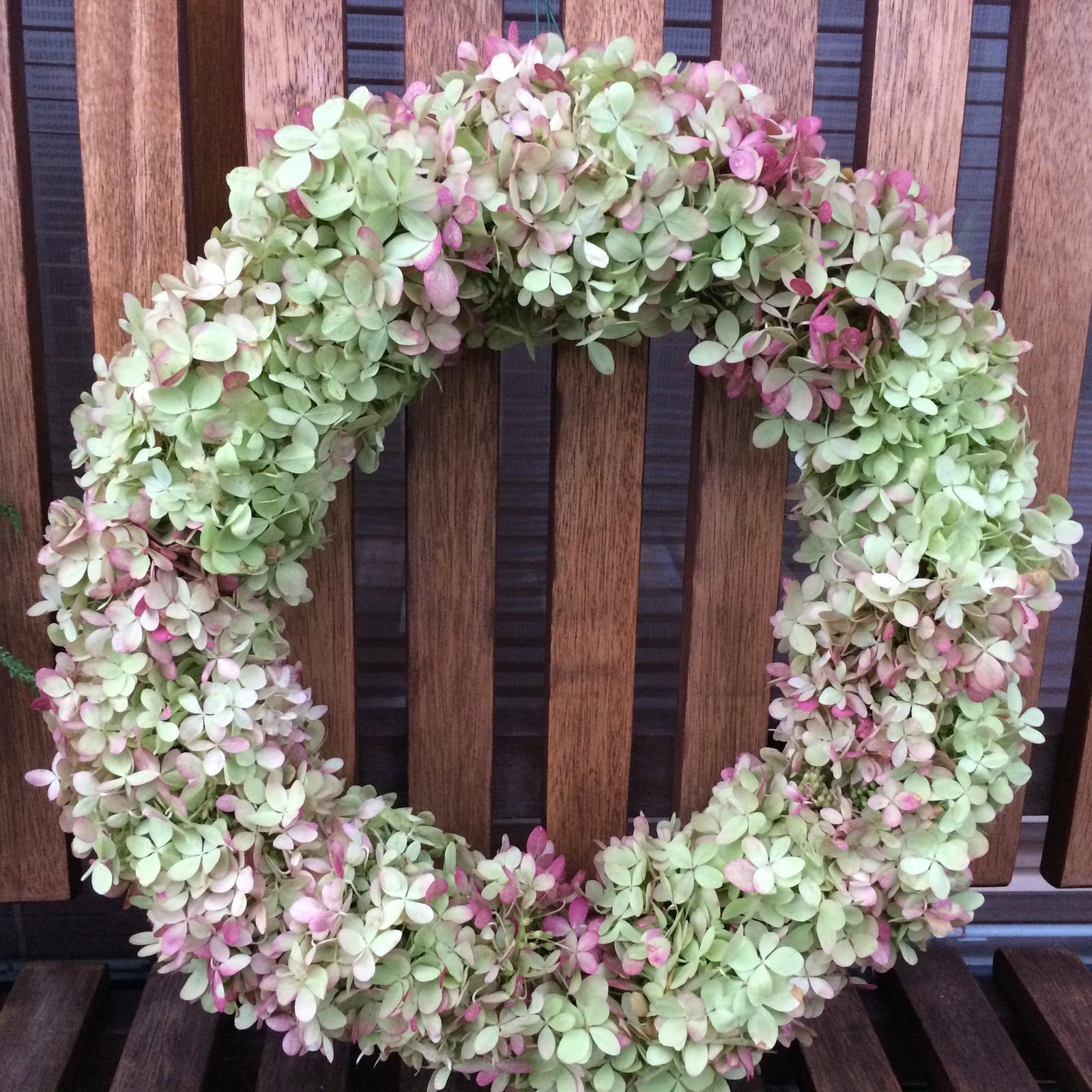 Dekorace z květin Pro radost - Hortenzie latnatá Lime light