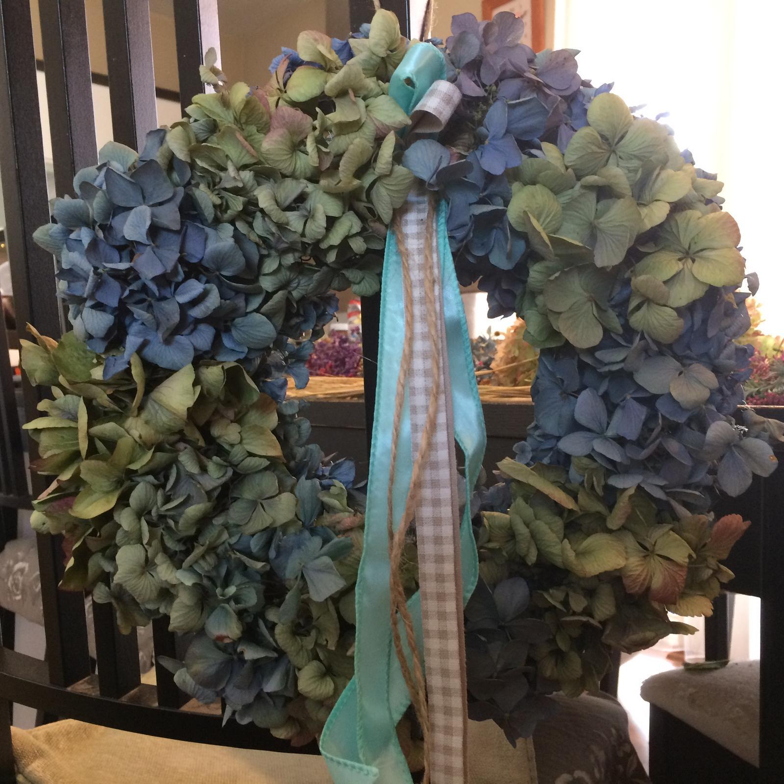 Dekorace z květin Pro radost - Sušená hydrangea macrophyla