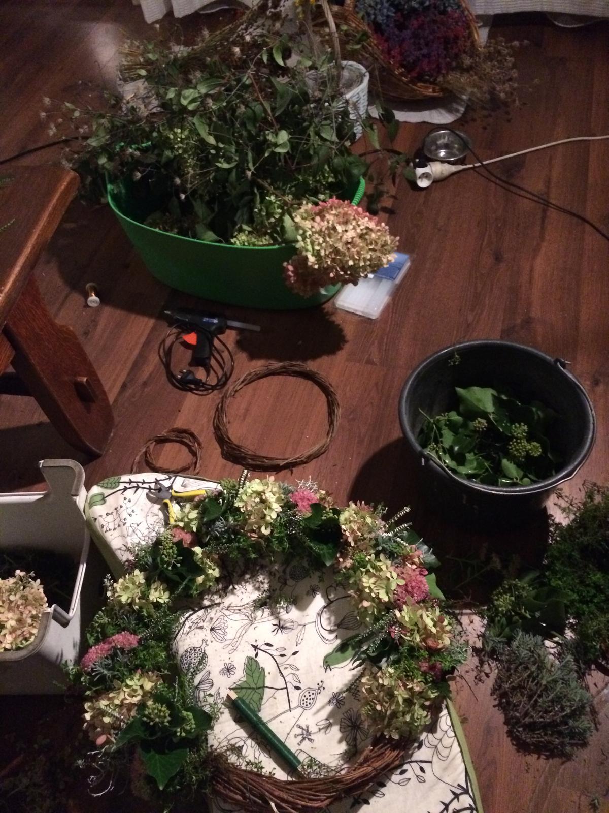 Dekorace z květin Pro radost - ....nejde uklízet