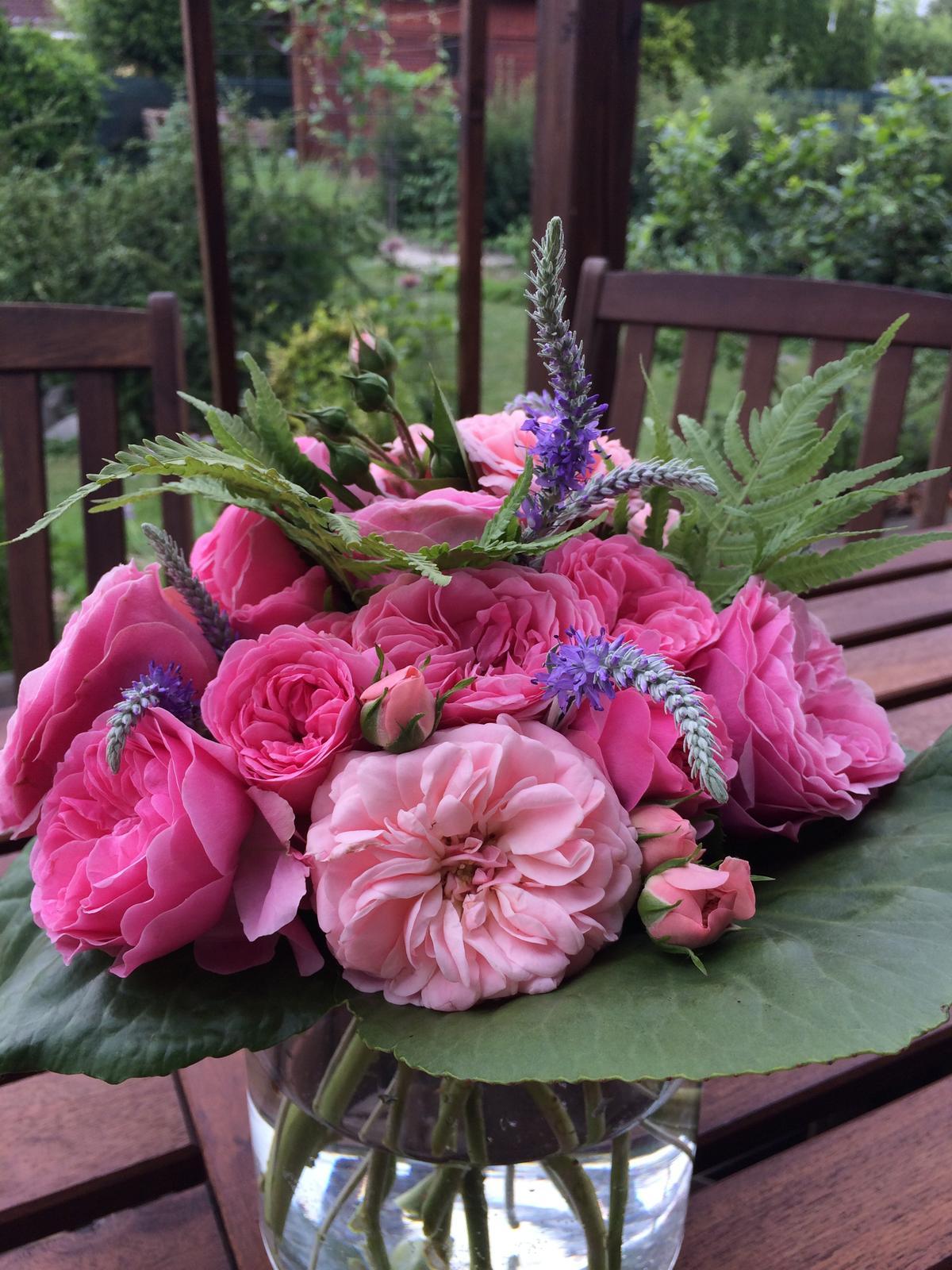 Dekorace z květin Pro radost - Obrázek č. 136