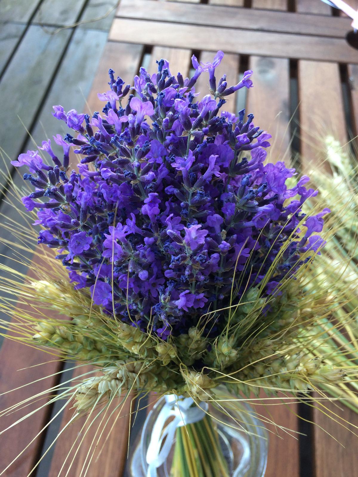 Dekorace z květin Pro radost - ranní rychlovka