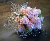 Svatební saténová kytice,