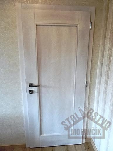 8056acbc4 Interiérové drevené dvere - interiérové dvere - buk bielený - |  Modrastrecha.sk