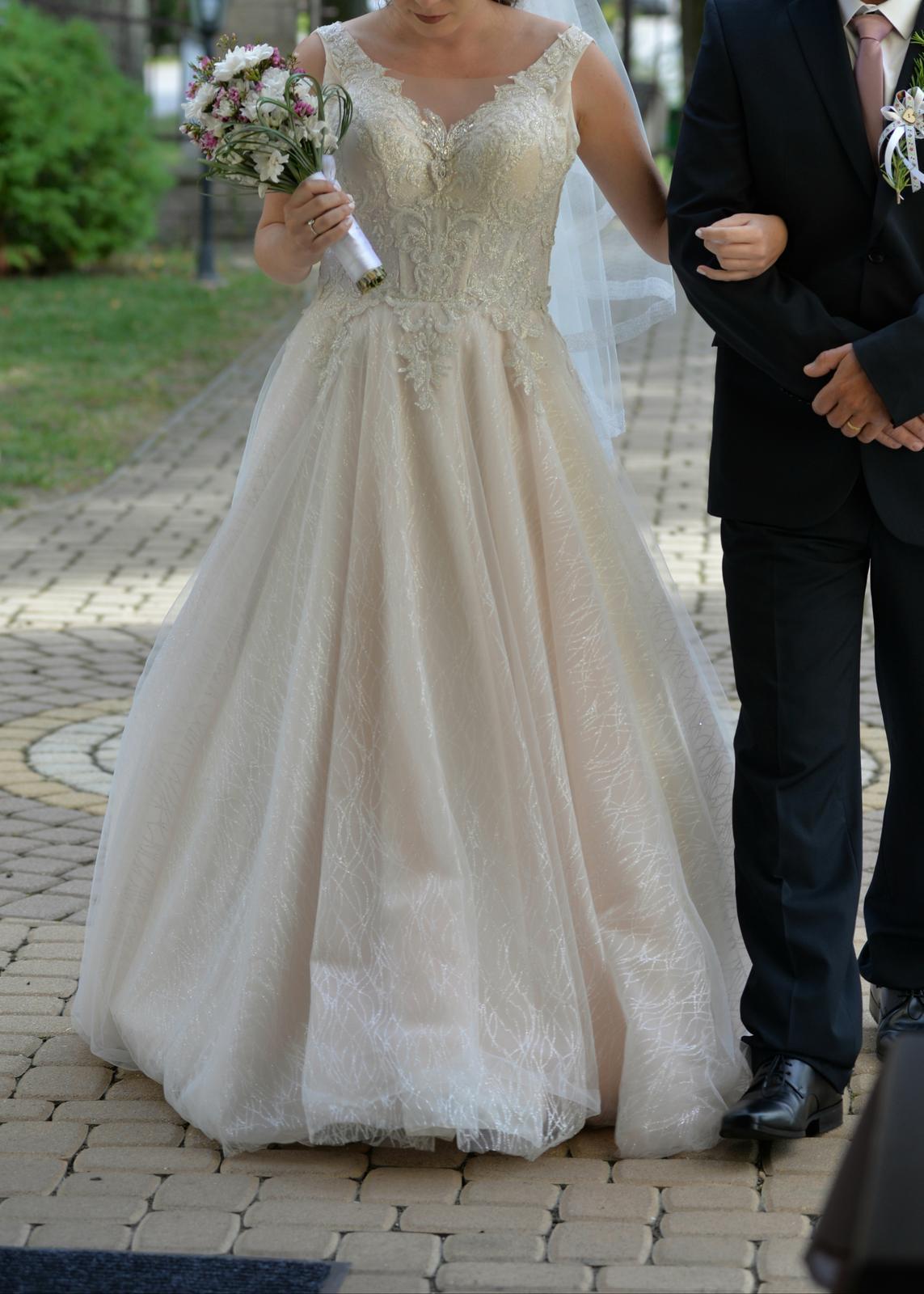 Svadobné šaty + ZADARMO DOPLNKY - Obrázok č. 1