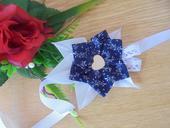 svadobný náramok z modrotlače.,