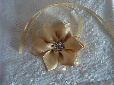 svadobné pierko-náramok pre družičku - Obrázok č. 1