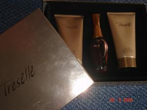 moj svadobny parfem.....znacka Avon...nadherny..