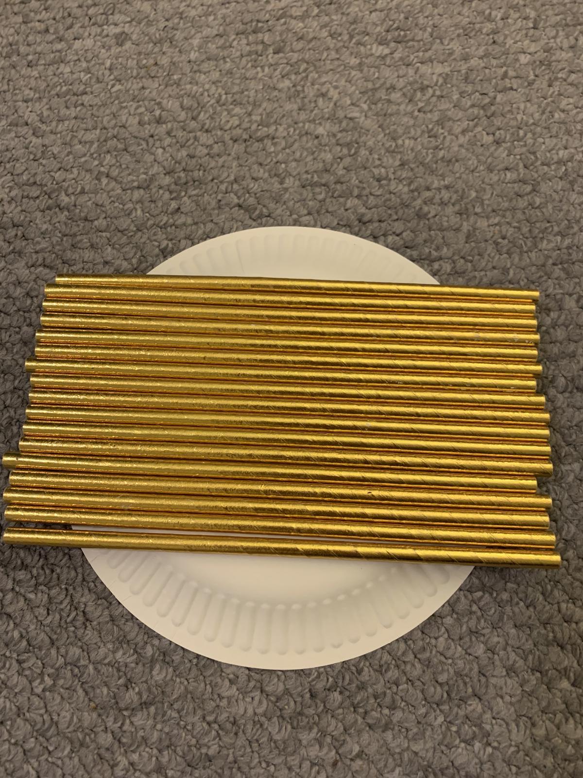 Zlatá a zlato-bílá papírová brčka - Obrázek č. 1