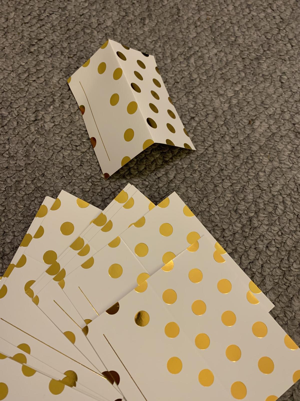 Kartičky  zlato-bílé  - Obrázek č. 4