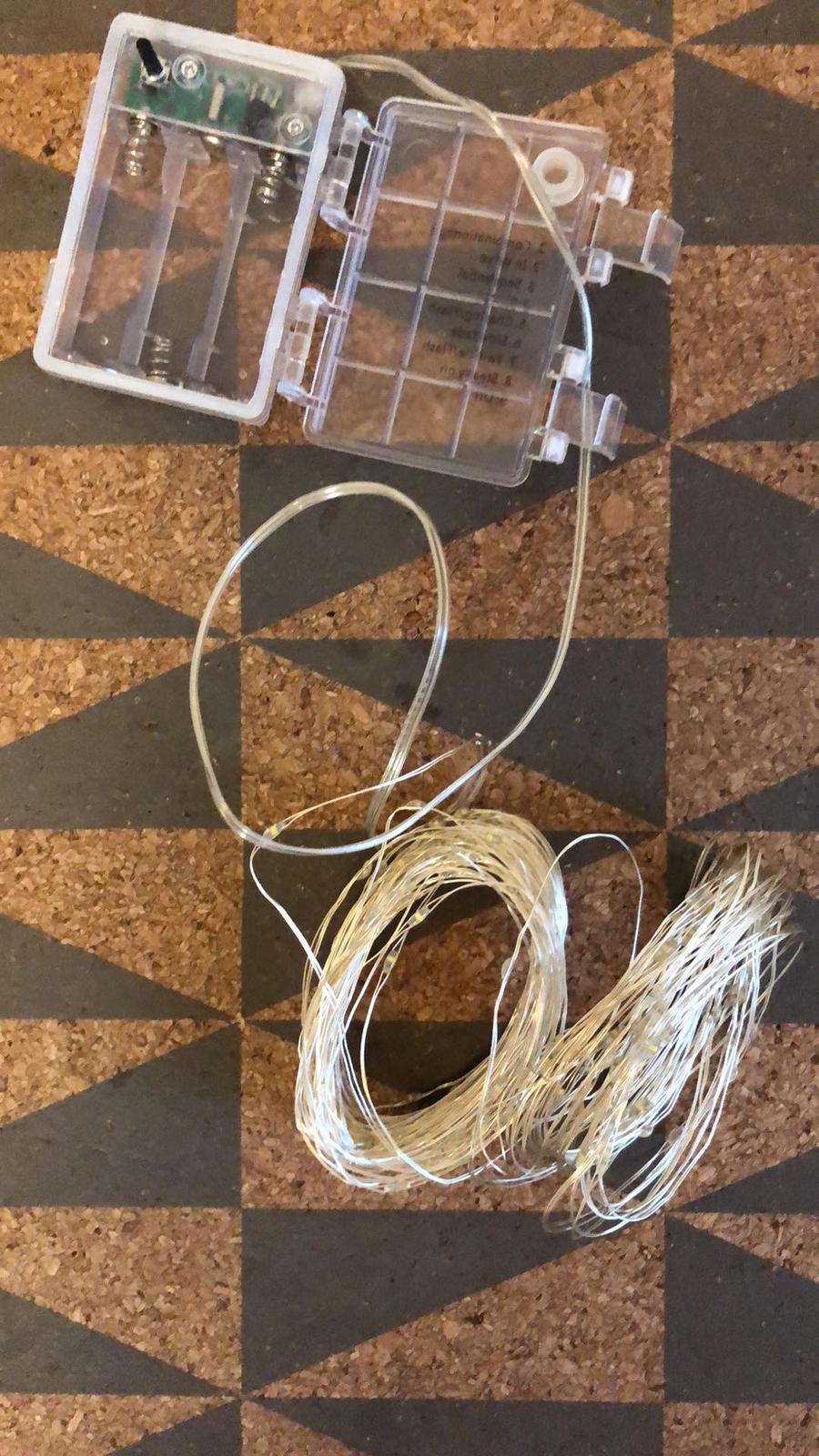 Světelný LED řetěz - Obrázek č. 1