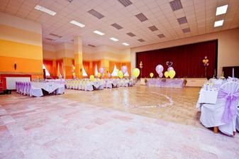 tu bude svadba len v tyrkysovej farbe :)))