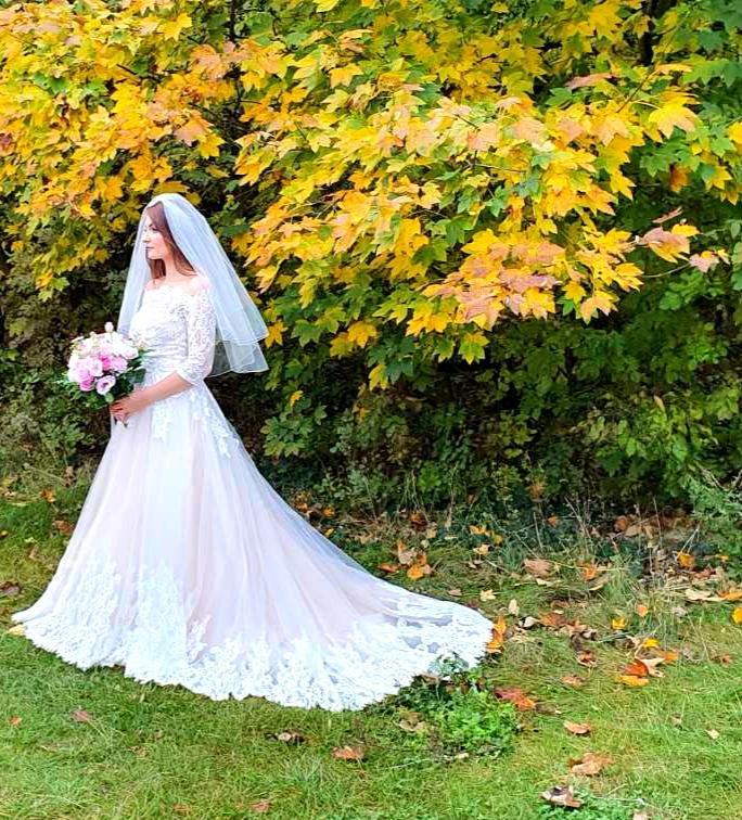 Svadobné šaty Nitta - Obrázok č. 1