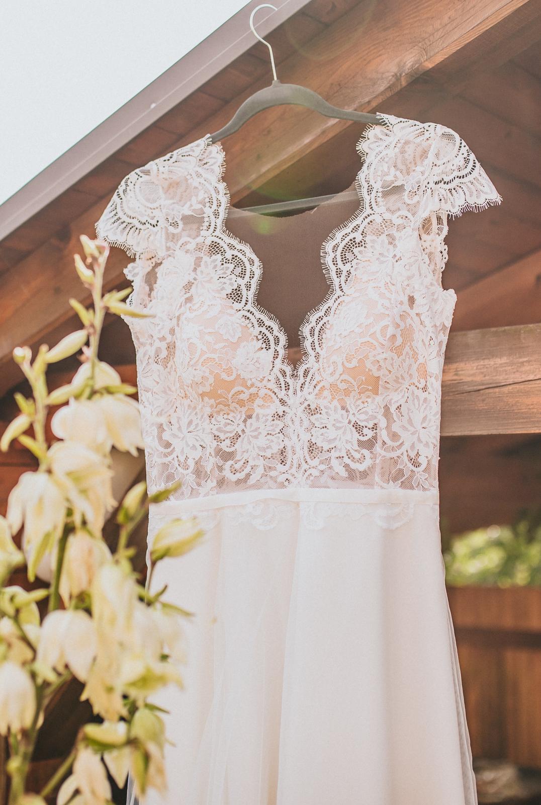 Prodám svatební šaty šité na míru - Obrázek č. 2