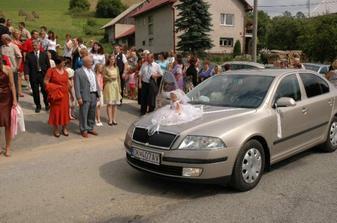 Moje auto.Bábiku som mala zo svadobky Gabriela v Námestovo