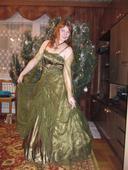 Zelené plesové šaty, 38