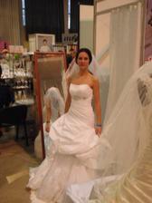 centrum Valentíny, šaty Tamara