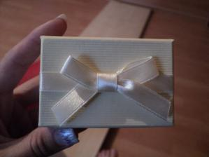 krabička z obručok