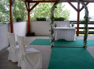 zastřešená terasa - místo obřadu