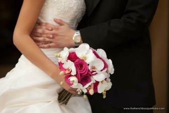 Také chci mít tmavě růžové růže a bílé orchideje, tak uvidíme, jak to dopadne... :-)