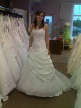 další šaty