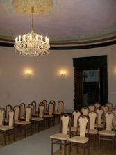 zamek Mirosov - oddaci mistnost - pohled na vchodove dvere