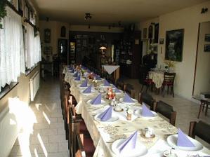 restaurace kde se bude konat hostina - ilustrační foto svatebního interieru